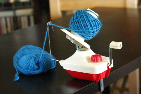 Cute retro yarn winder