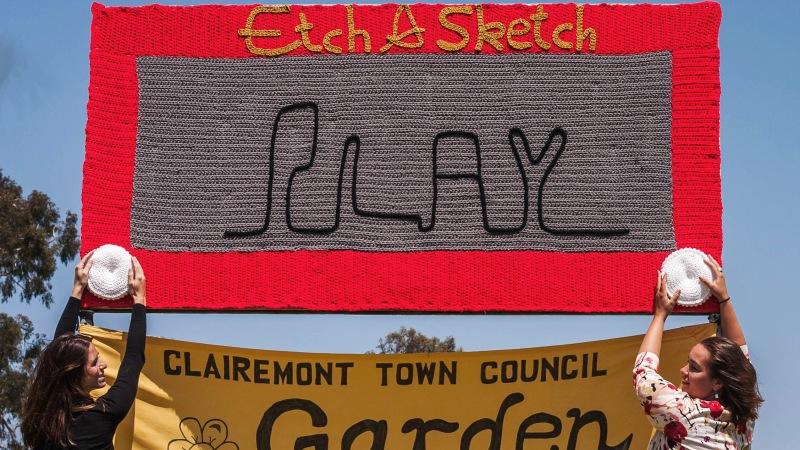 Epic New Yarn Bomb Collaboration:Etch-A-Sketch