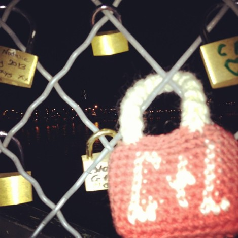 Yarn bomb padlock in Paris