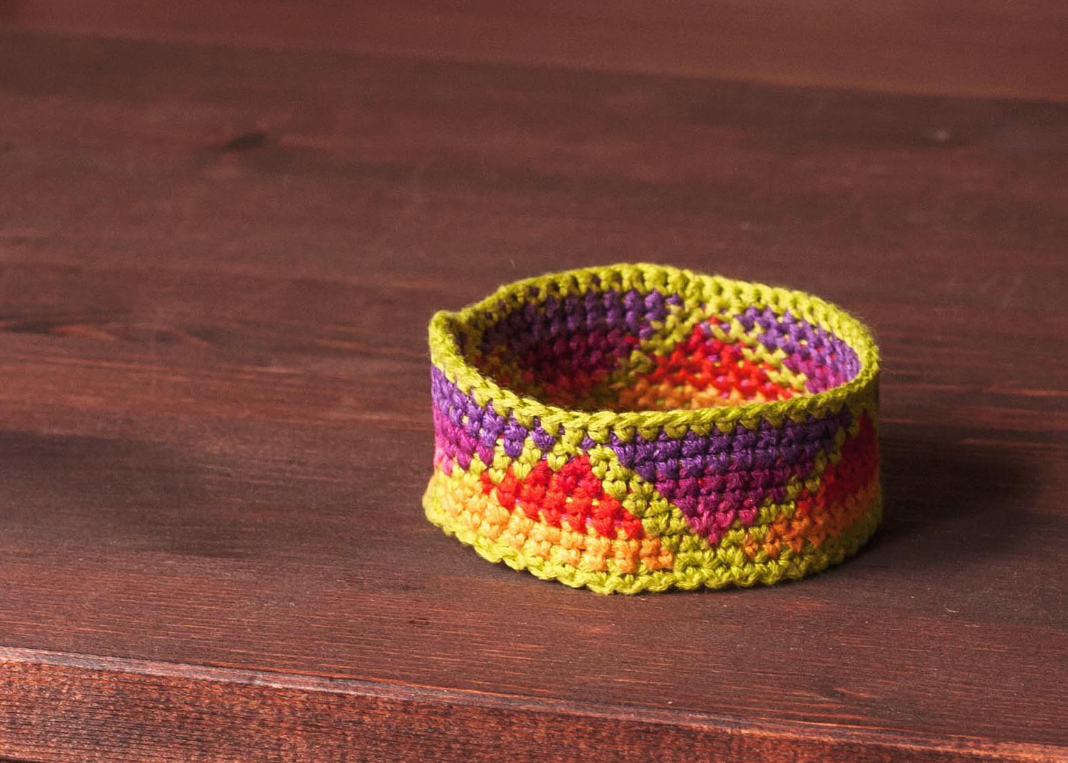 Crochet Friendship Bracelet Tutorial   KNITS FOR LIFE