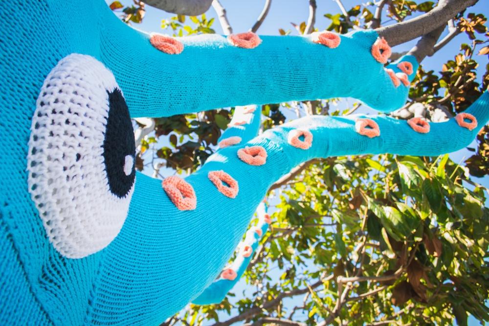squidtree yarnbomb