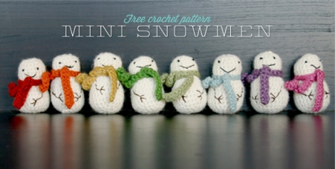 free crochet pattern mini snowmen