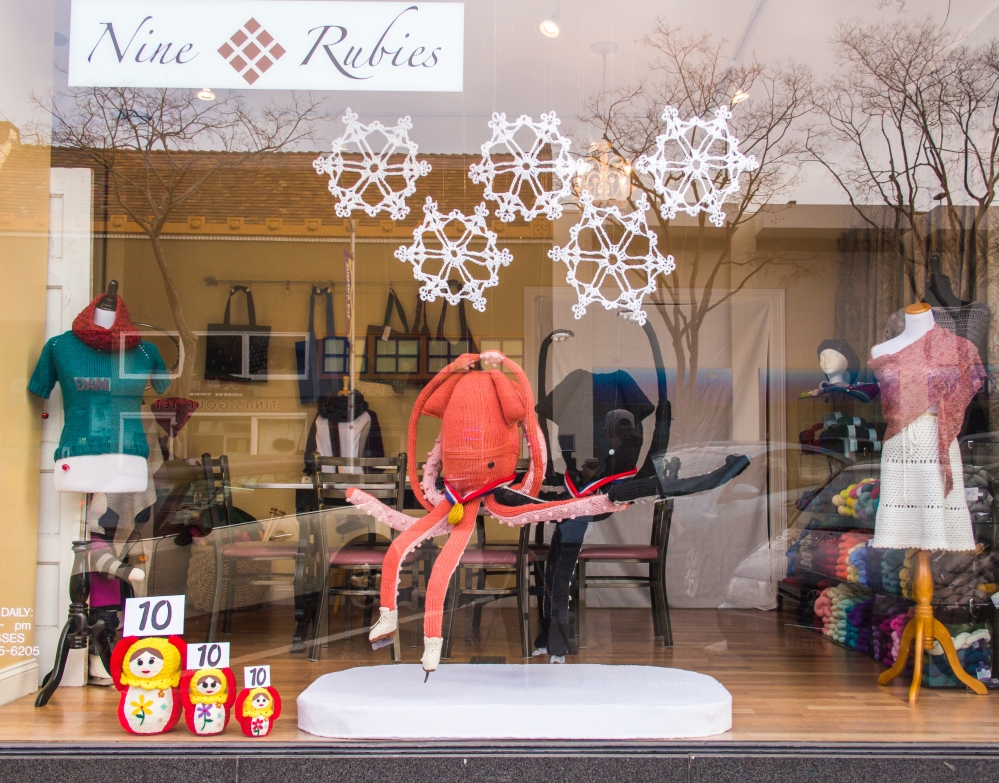 Knit window display winter olympics