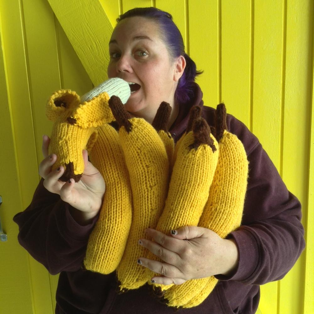 Knit bananas