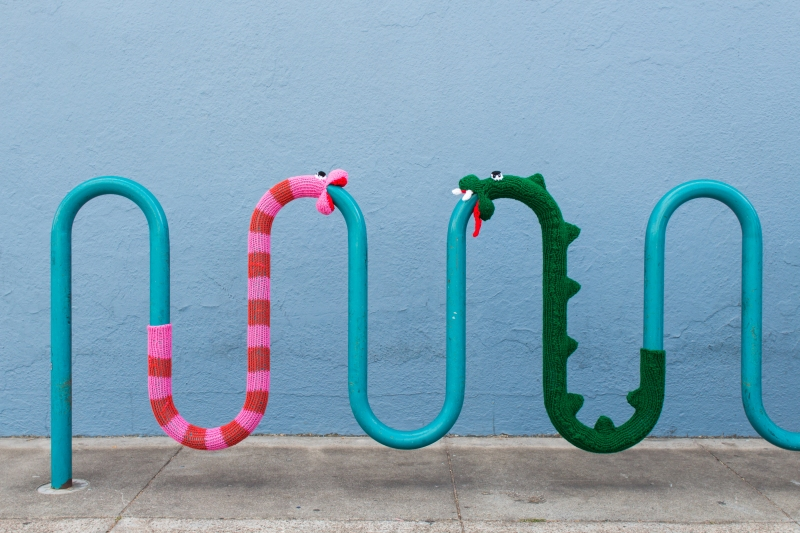 New Knitting Pattern: Knit Snake Yarnbomb