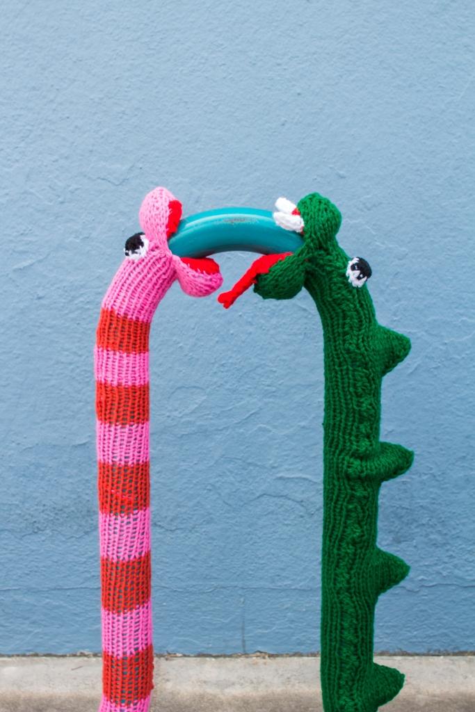 knit snake yarnbomb knitting pattern web 3
