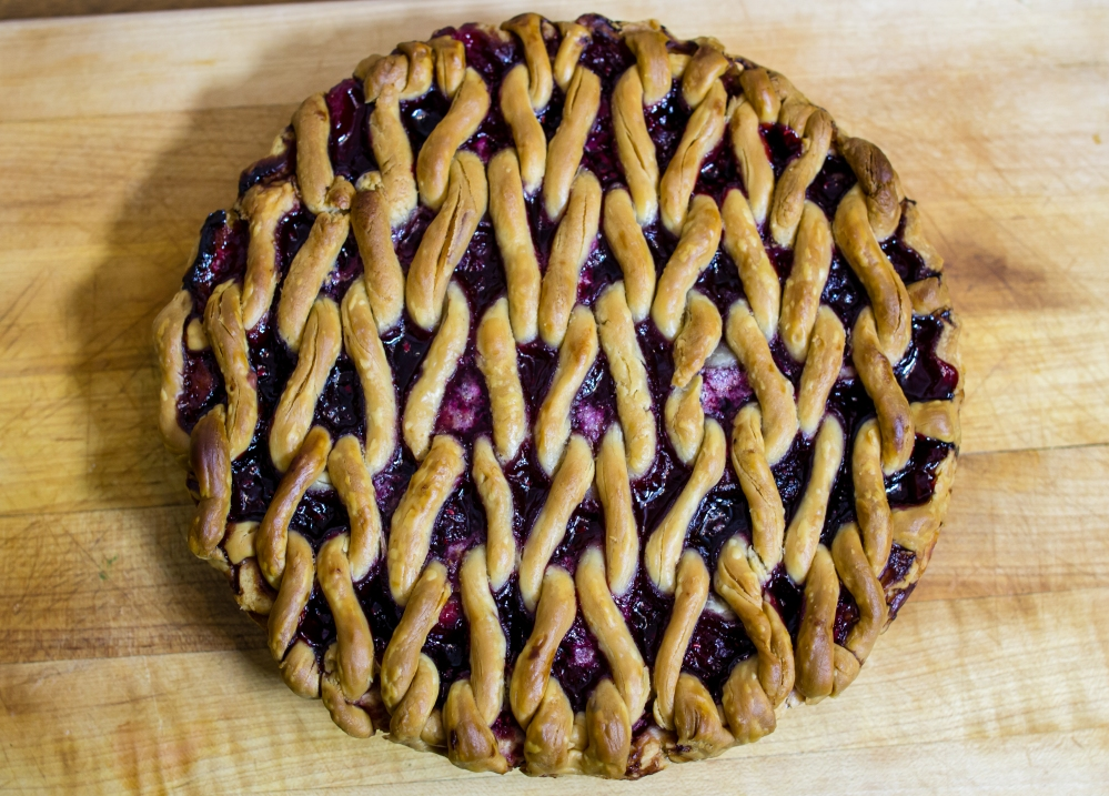 knit pie crust knit lattice top pie pi day 2015
