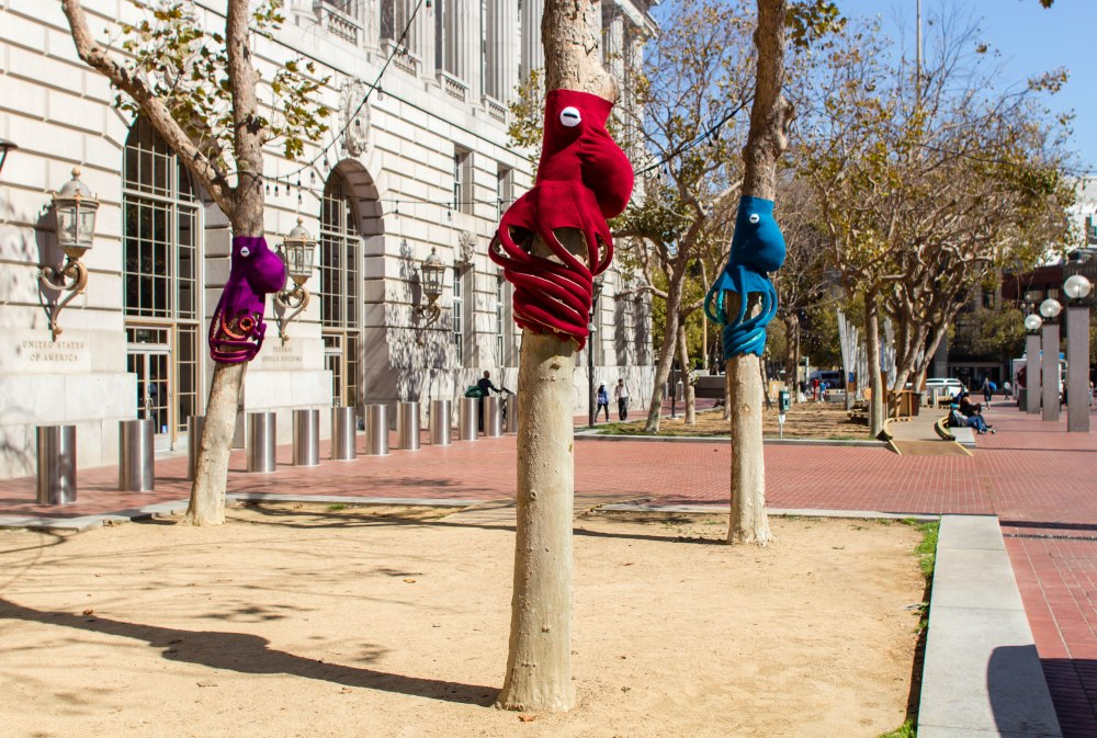 Knitting the Commons San Francisco Octopus Yarnbomb by Knits for Life