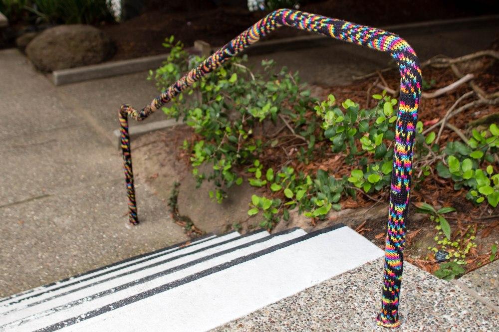 Curiodyssey x Knits for Life Bubbles & Rainbows Yarnbomb